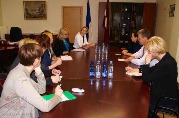 Pārrunā sadarbības jautājumus ar Latvijas Māsu asociāciju