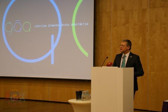 Veselības ministrs Latvijas Ģimenes ārstu asociācijas biedrus aicina uz sadarbību