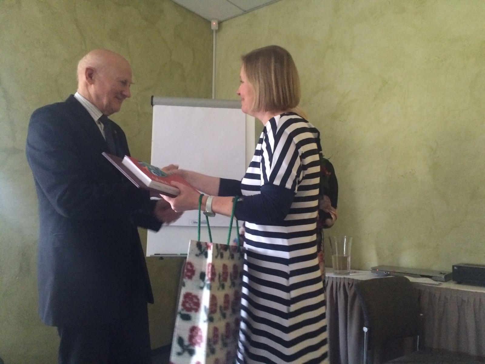Profesors Jāzeps Keišs ievēlēts par Latvijas Infektologu, Hepatologu un HIV/AIDS speciālistu asociācijas Goda biedru. Apsveicam!