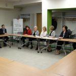 """Veselības inspekcija ar apvienību """"Apeirons"""" pārrunā aktuālos jautājumus par vides pieejamību ārstniecības iestādēs"""