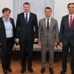 Slimnīcas valdes priekšsēdētāja dr. Ilze Kreicberga vizītē pie Valsts prezidenta Raimonda Vējoņa