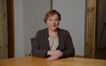 Paula Stradiņa klīniskās universitātes slimnīcas valdes locekļa amatā apstiprināta Ilze Kreicberga