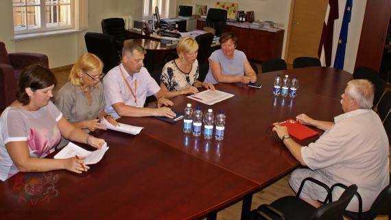 Uzlabos ārstniecības pieejamību Černobiļas AES avārijas seku likvidācijā iesaistītajiem